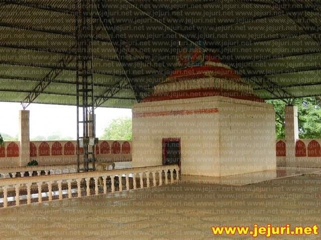 adimailar malava temple