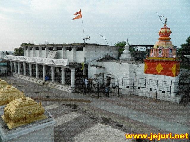 malegoan khandoba temple