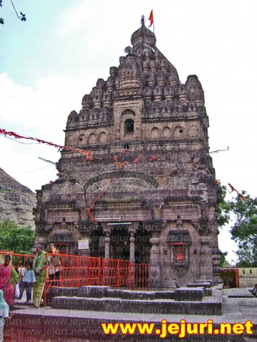 satare khandoba temple