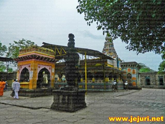 andur khandoba temple