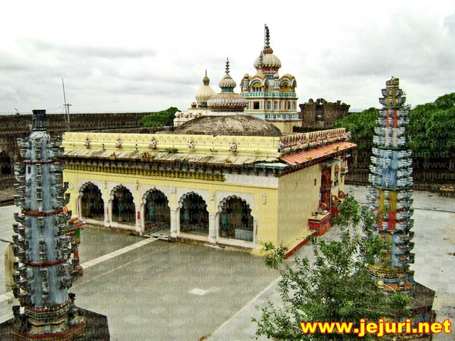 nimgoan khandoba temple