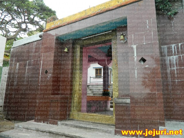 mailapur - temple