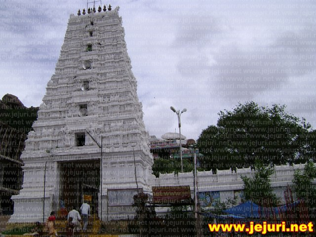 komuravelly temple